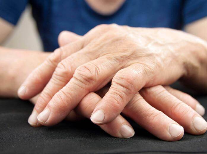 manos de mujer
